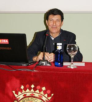 Conferencia Eduardo Chozas